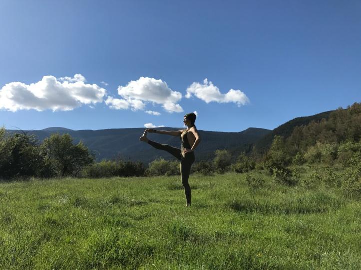 Varvara Tsepkova Dame yoga.JPG